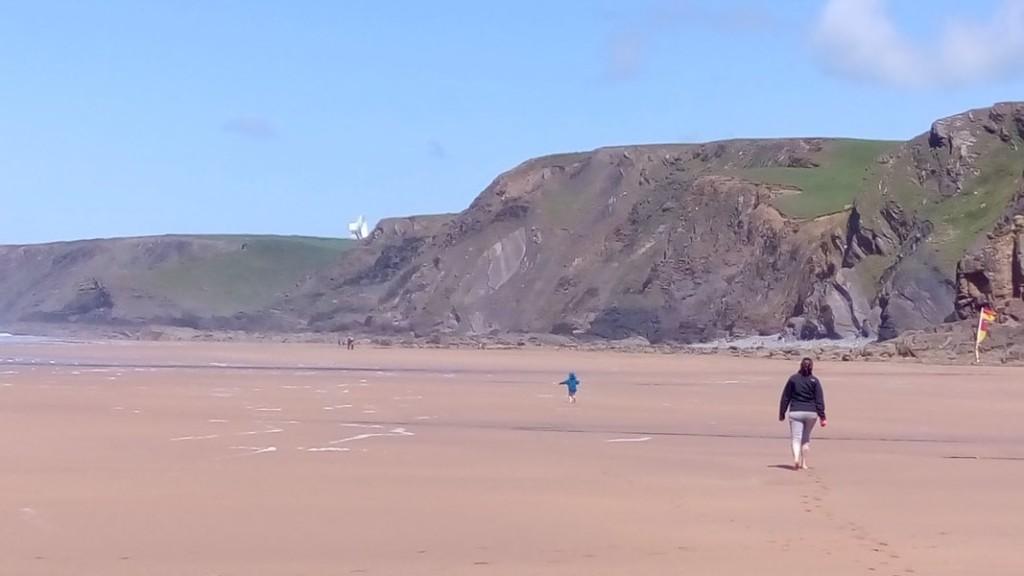 Classic British seaside holiday: sun, sea, sand, GCHQ listening post